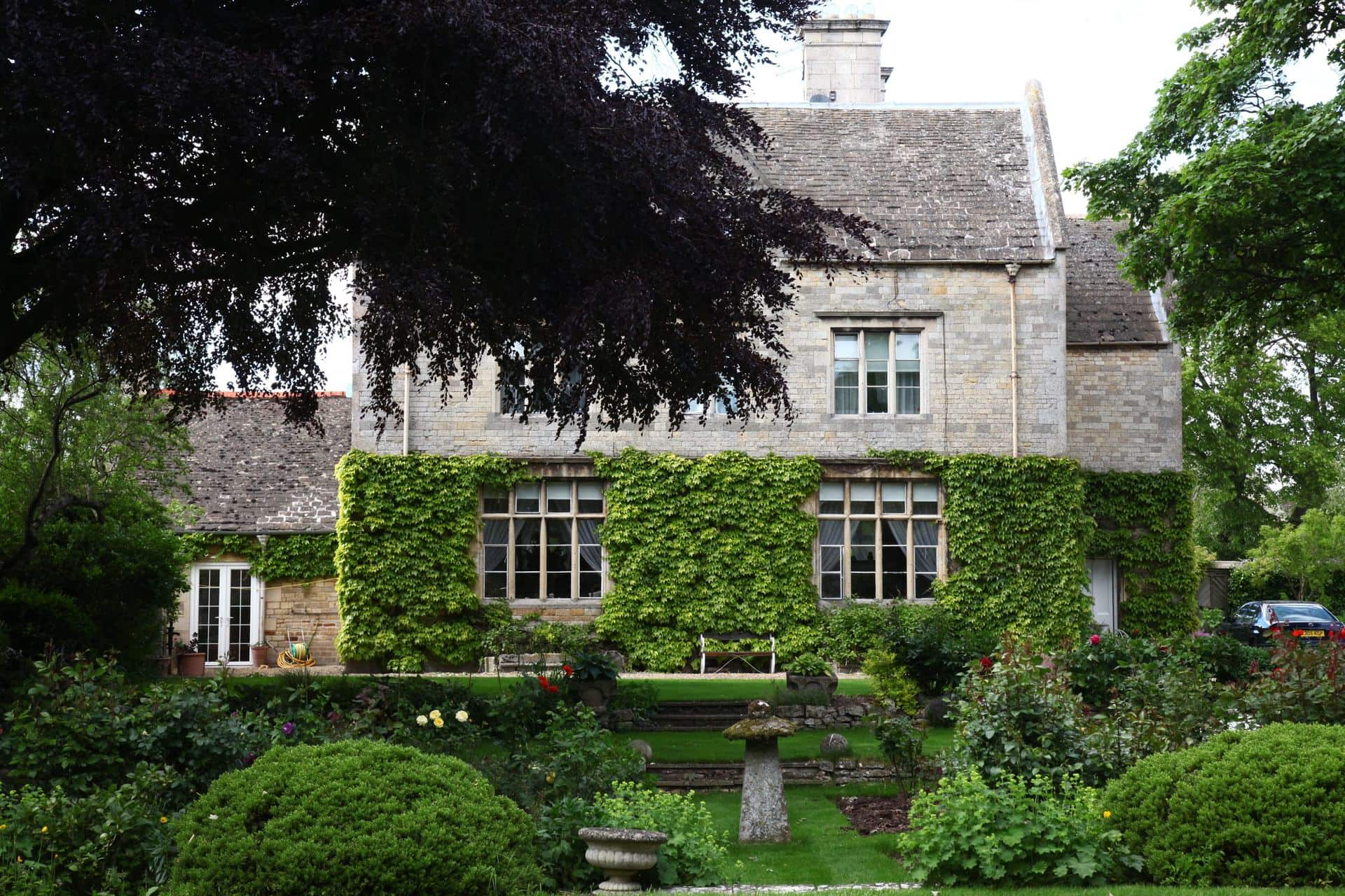 Manor House to let for Burghley Horse Trials!