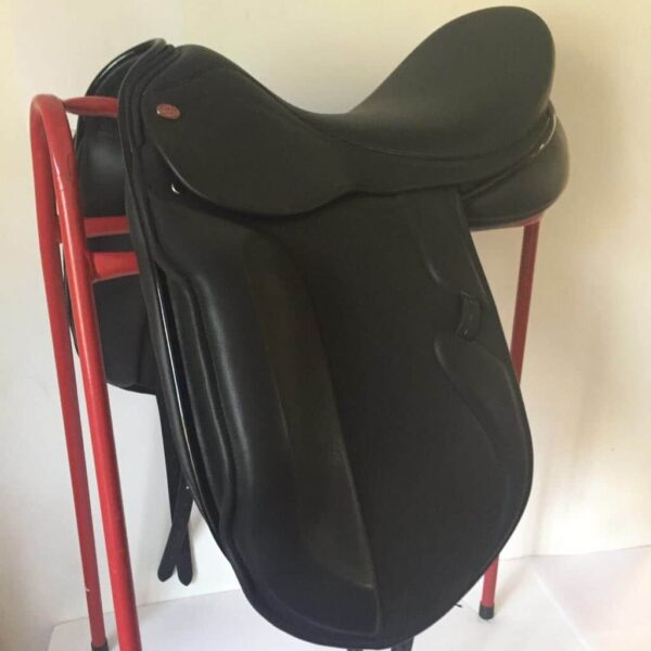 The Barclay Majestic Dressage Saddle SPECIAL OFFER £1950
