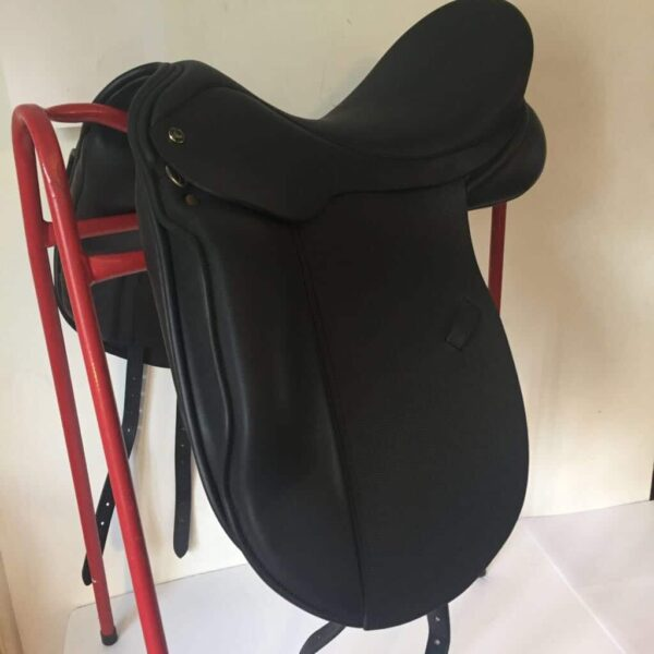 Ideal Roella Dressage Saddle with Memel Skirt & Flaps SPECIAL OFFER £1395