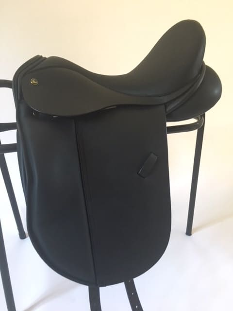 Ideal Suzannah Dressage Saddle 16 1/2″ MW Black £1350