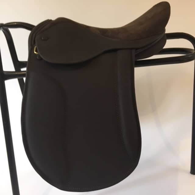 Ideal Ramsay Show Saddle 15″ W £1195