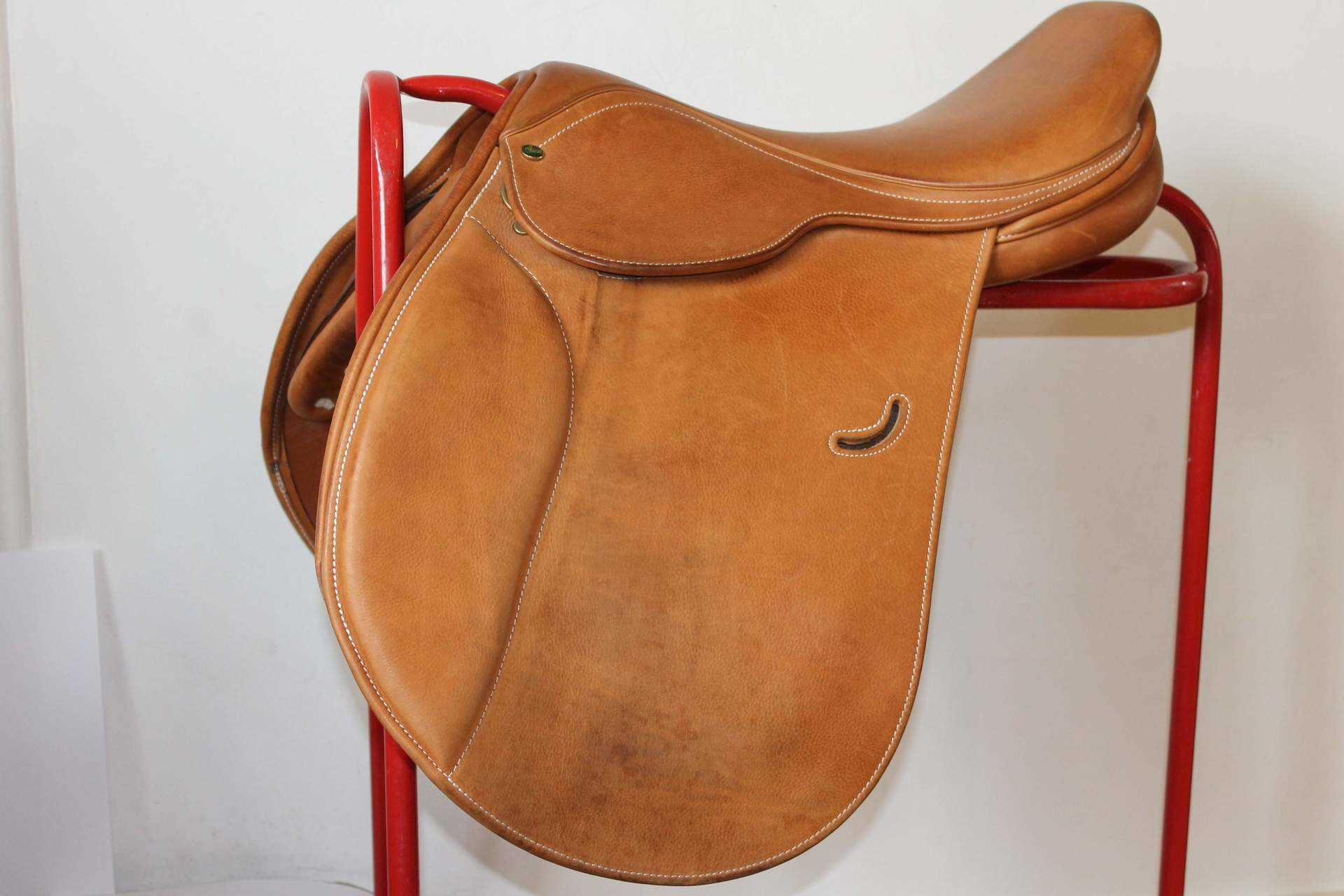 Ideal Close Contact Jumping Saddle SPECIAL OFFER £450